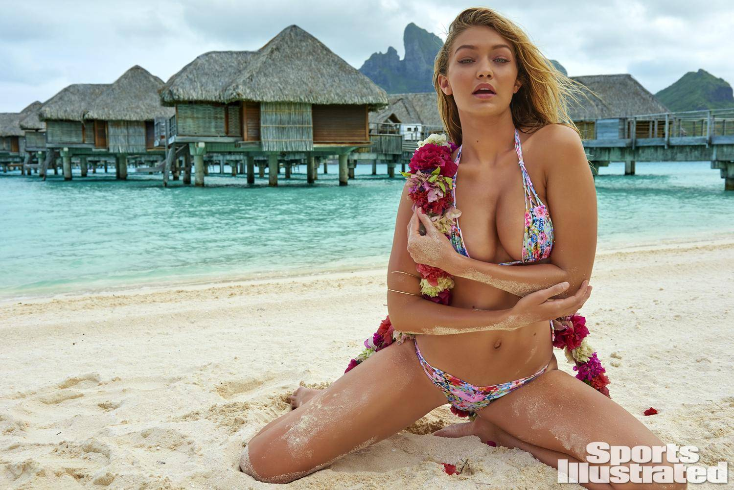 Gigi Hadid Uncovered Swimsuit 2016  Photo Video Sports Illustrated Puhia